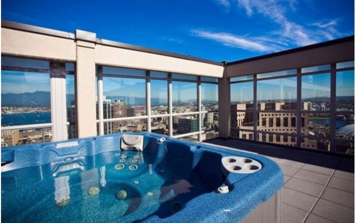 emr-vacation-rentals-penthouse-accommodation-vancouver-british-columbia_profile